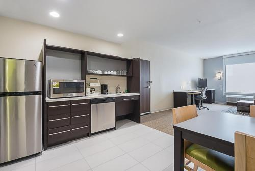 Home2 Suites by Hilton Dallas/Grand Prairie TX