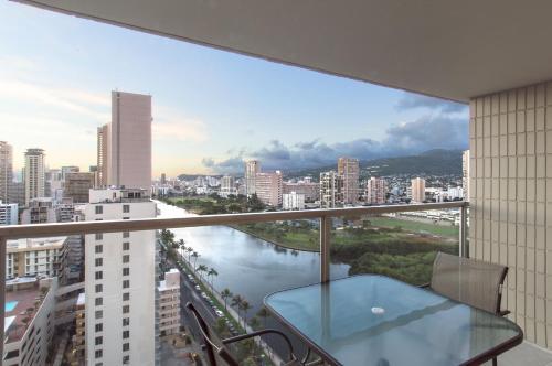 Island Colony Studio 2204 - Honolulu, HI 96815