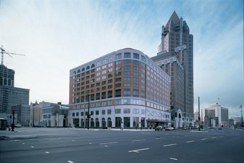 InterContinental Hotel & Resort-Milwaukee Photo