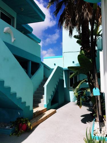 Marlin Beachside Hotel - Hollywood, FL 33019
