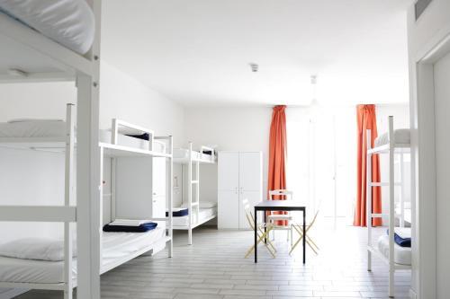 Meet Garda Lake Hostel - 24 of 36