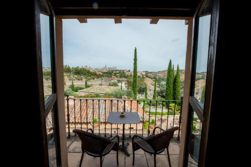 Doppel- oder Zweibettzimmer mit Zustellbett (2 Erwachsene + 1 Kind) mit Terrasse Cigarral de Caravantes 26