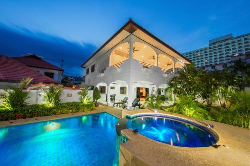 Royal Park Pool Villa Pattaya