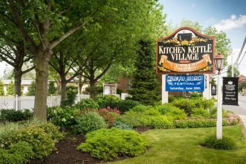 The Inn At Kitchen Kettle - Ronks, PA 17534
