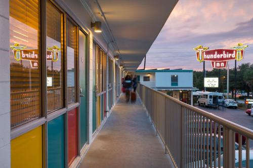 The Thunderbird Inn Photo