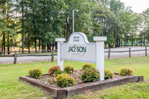 Days Inn Jackson Photo