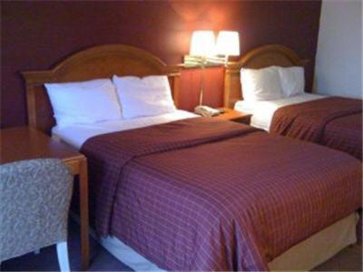 Country Hearth Inn And Suites Gainesville - Gainesville, GA 30501