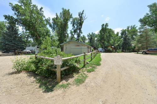 Riverview Rv Park - Loveland, CO 80537
