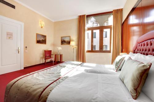 Hotel Donà Palace photo 104