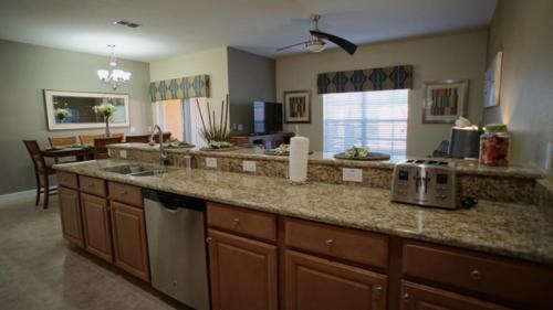 Four Bedroom Townhouse In Paradise Palms 66168 - Kissimmee, FL 34747