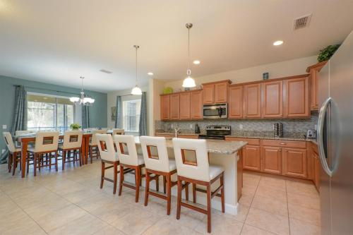 Six Bedroom Home In Paradise Palms 87376 - Kissimmee, FL 34747