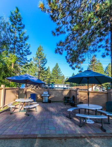 The Lodge at Lake Tahoe by VRI Resort Photo