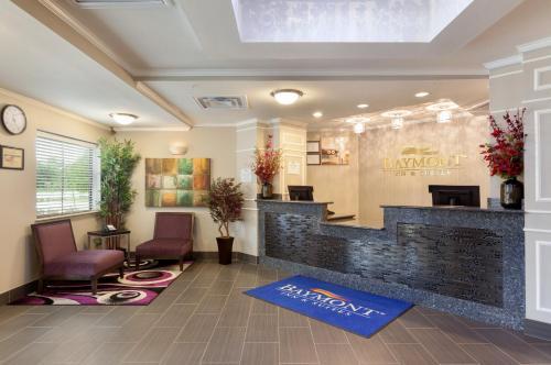 Baymont Inn & Suites - College Station Photo