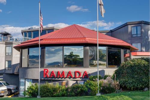 Ramada By Wyndham Kamloops - Kamloops, BC V2C 1K7