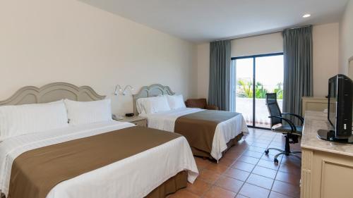 Holiday Inn Ciudad Del Carmen Photo
