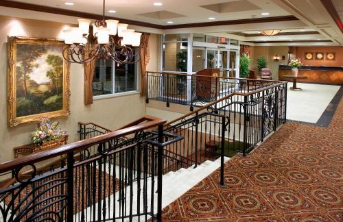 Clinton Inn Hotel Photo