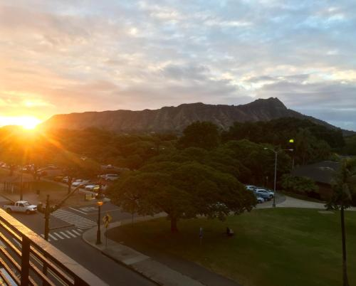 Prime Location & Great View - Honolulu, HI 96815
