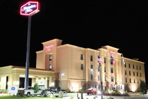 Hampton Inn Cotulla Photo