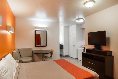 Motel 6 Ellensburg - Ellensburg, WA 98926