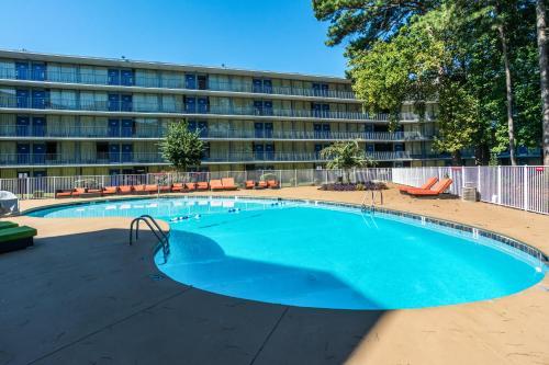 Motel 6 Atlanta Northwest - Marietta - Marietta, GA 30067