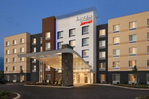 HotelFairfield Inn & Suites by Marriott Lancaster East at The Outlets