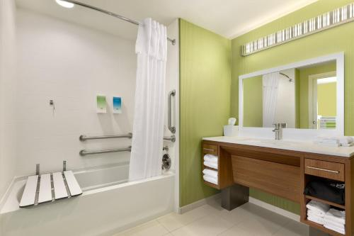 Home2 Suites By Hilton York - York, PA 17402