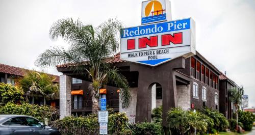 Redondo Pier Inn Hotel Beach