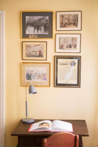 Lady Hamilton Apartments photo 37