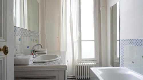 Apartment Rue Berteaux Dumas - NEUILLY 92 photo 4
