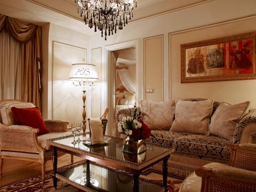 Hôtel Balzac photo 36