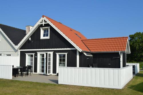 Holiday home Strandgårdsvej E- 4537