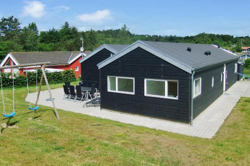 Holiday home Sydbakken E- 4689