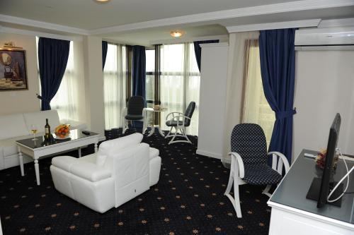 https://q-xx.bstatic.com/images/hotel/max500/816/81691472.jpg
