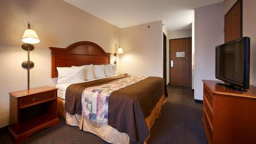 Best Western Grove City Inn - Mercer, PA 16127