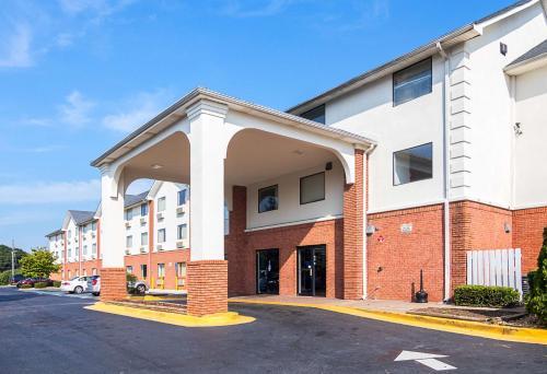 Motel 6 Jonesboro Georgia - Jonesboro, GA 30236
