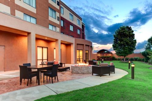 Courtyard By Marriott Anniston Oxford - Oxford, AL 36203