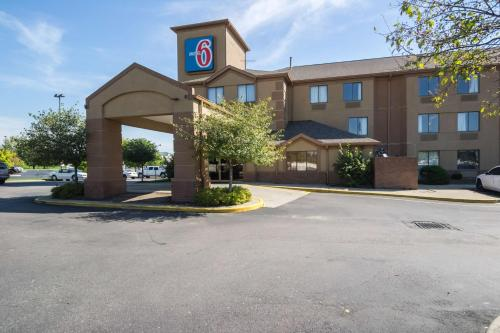 Motel 6 Indianapolis - Airport photo 18