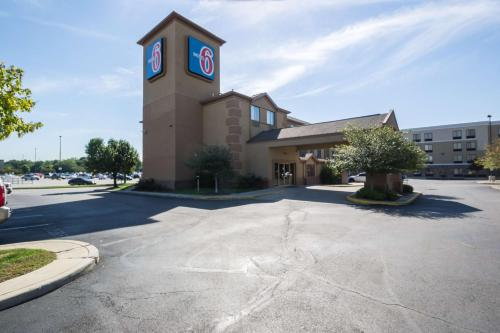 Motel 6 Indianapolis - Airport photo 21