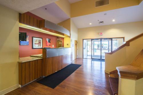 Motel 6 Indianapolis - Airport photo 26