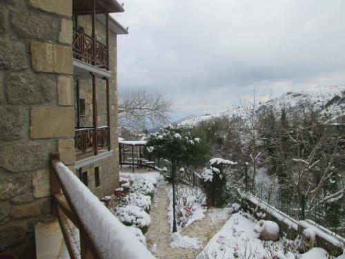 Evrostini Guest House Photo
