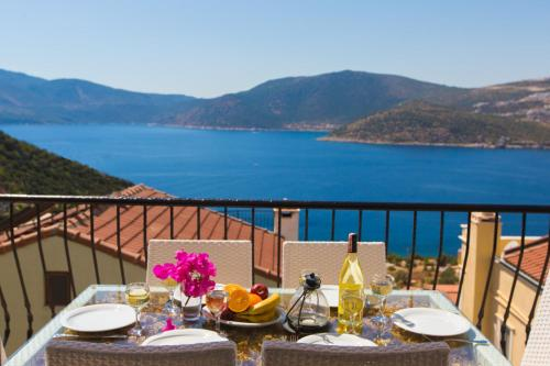 Kalkan Villa White Star contact