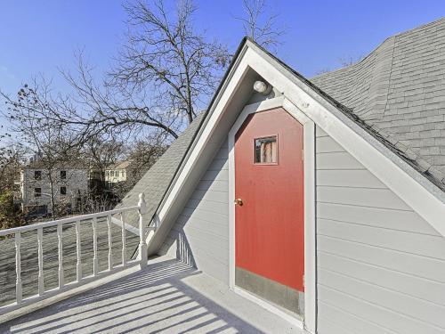 Victorian House In Austin Home - Austin, TX 78751