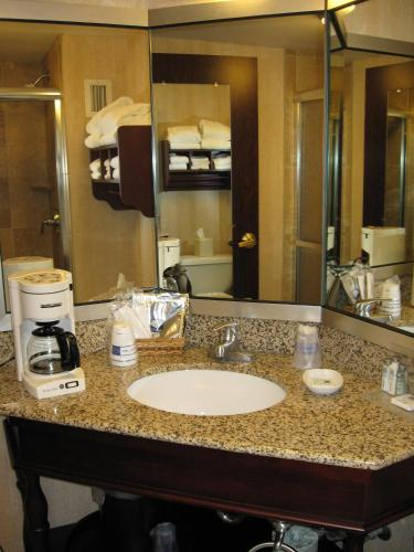 Hampton Inn Seattle-airport - Seattle, WA 98188