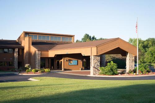 Carlton Lodge