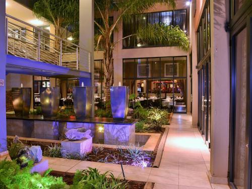 Premier Hotel O.R. Tambo Photo