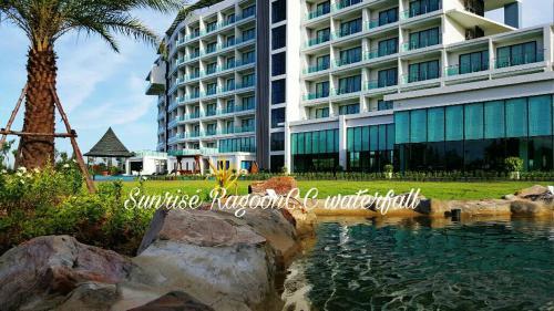 Sunrise Lagoon Hotel and Golf photo 30