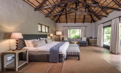 Kariega Game Reserve River Lodge Photo