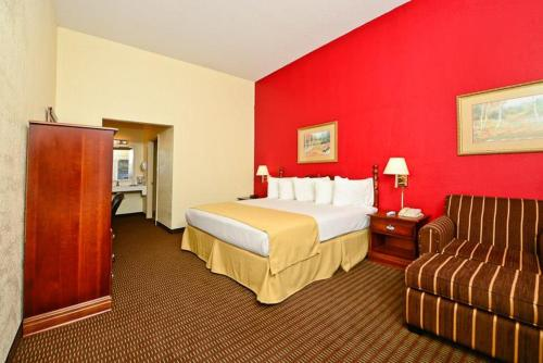 Manchester Heritage Inn & Suites - Manchester, KY 40962