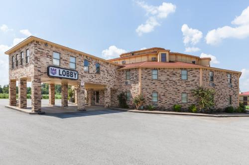 Knights Inn And Suites Searcy - Searcy, AR 72143