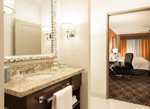 Homewood Suites by Hilton Seattle/Lynnwood Photo